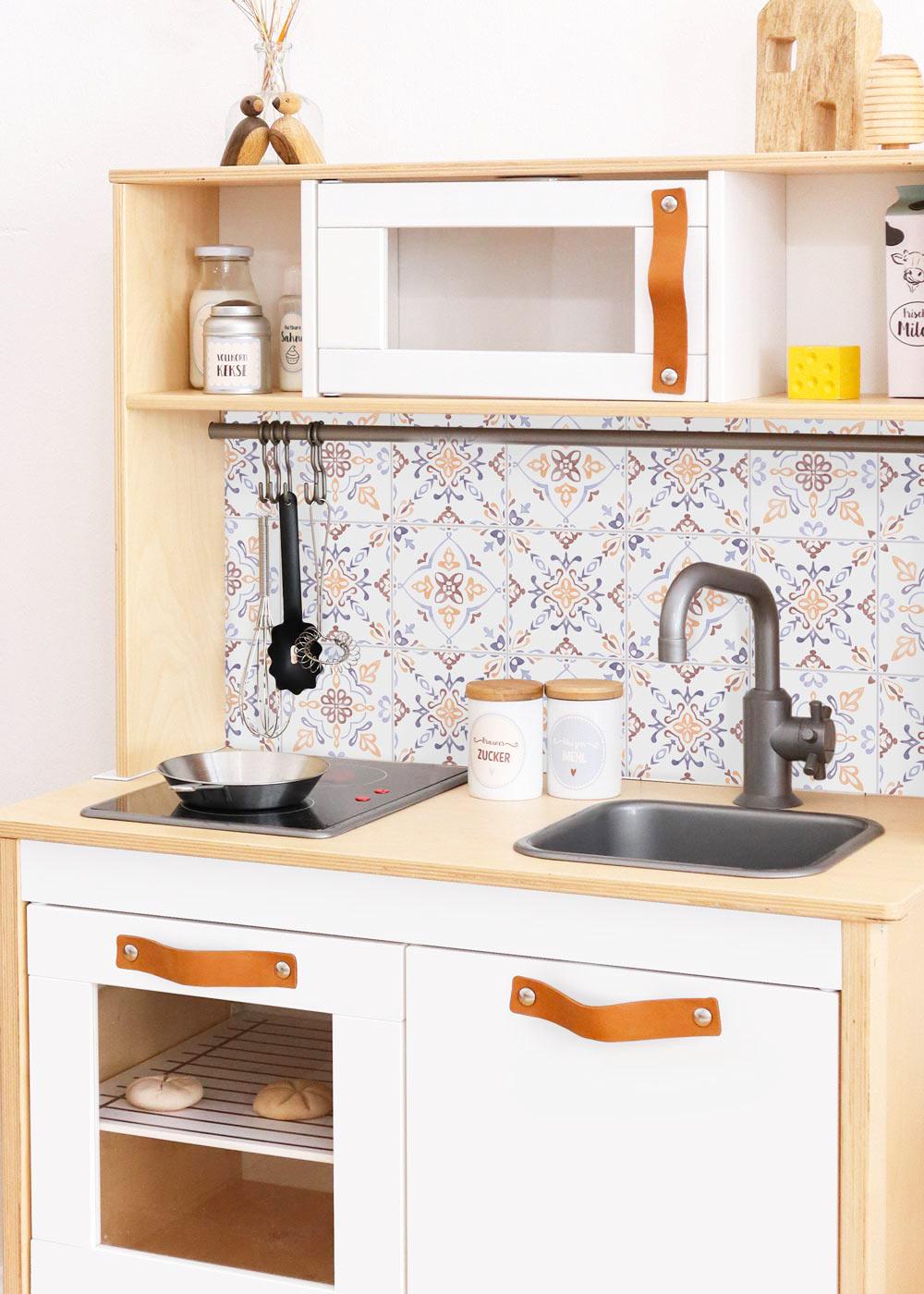 Ikea Duktig Kinderküche Kachla Mediterano Nordisch blau Komplettansicht Seite