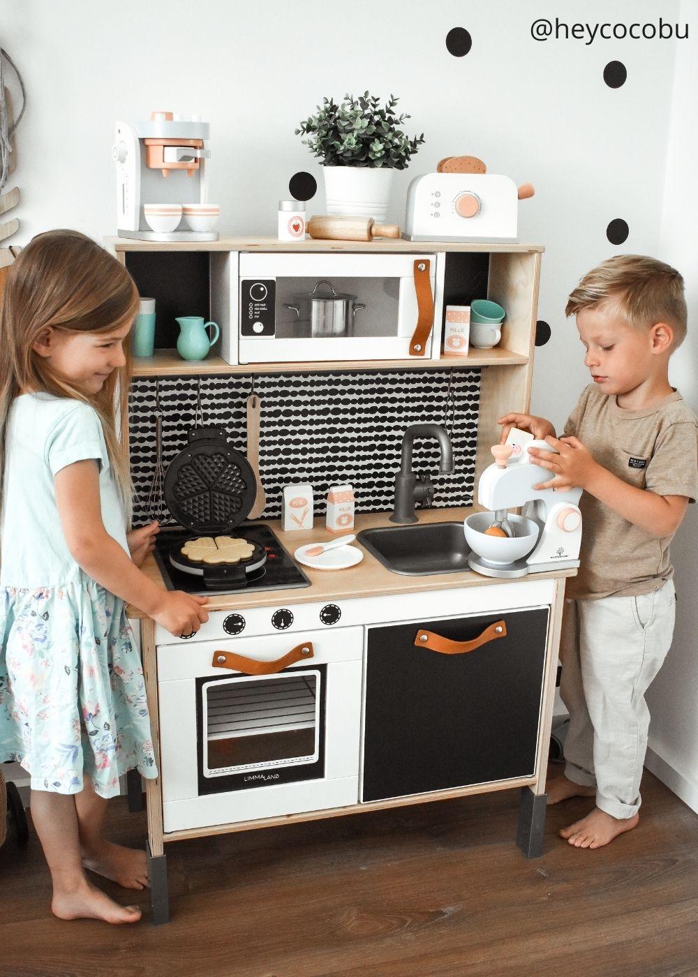 Kinderzimmer Klebefolie Spielküche Beispiel