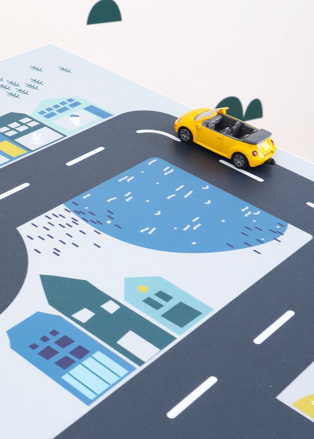 Klebefolie Ikea Lätt Smastraat Detailansicht mit Auto