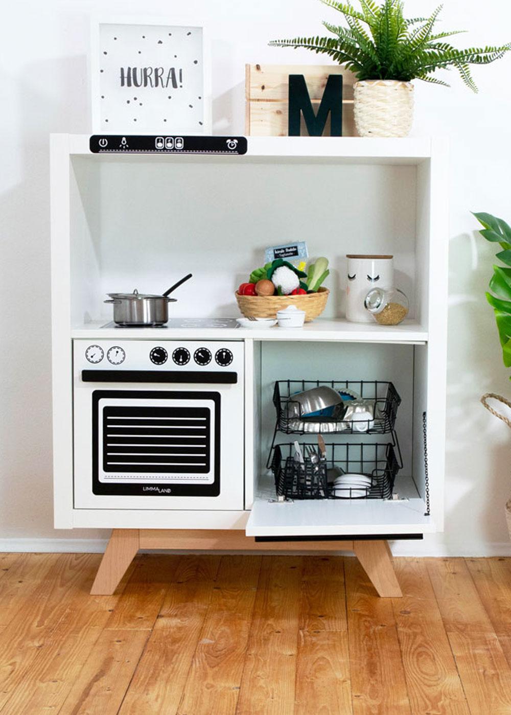 Kinderküche DIY Kökbastla Gesamtansicht