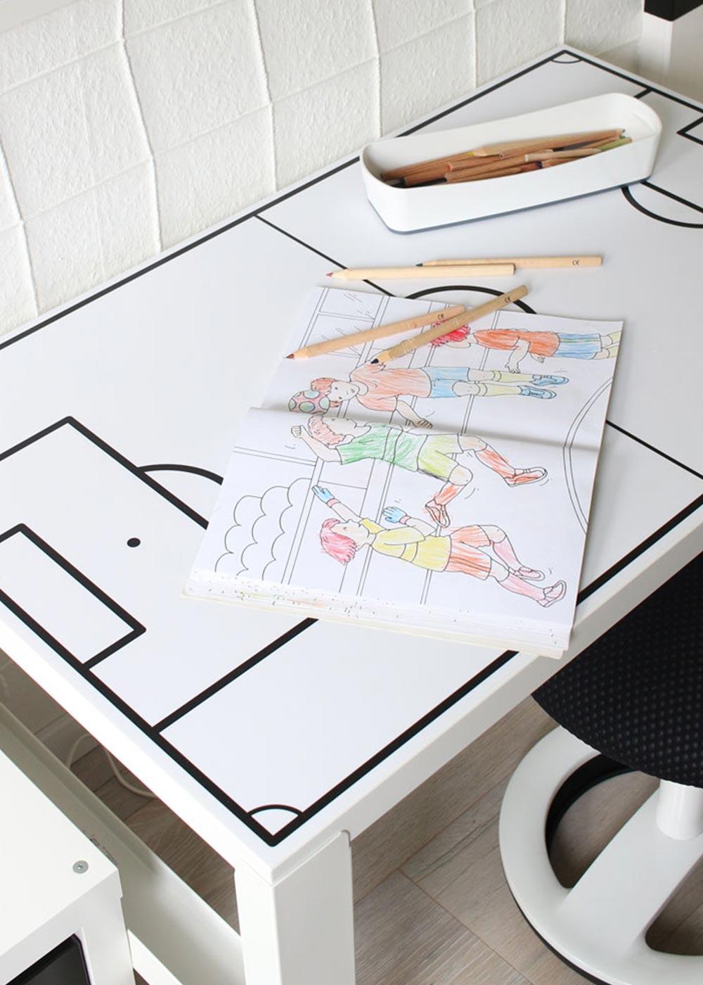 Ikea Pahl Kinderschreibtisch Fussballfeld Teilansicht