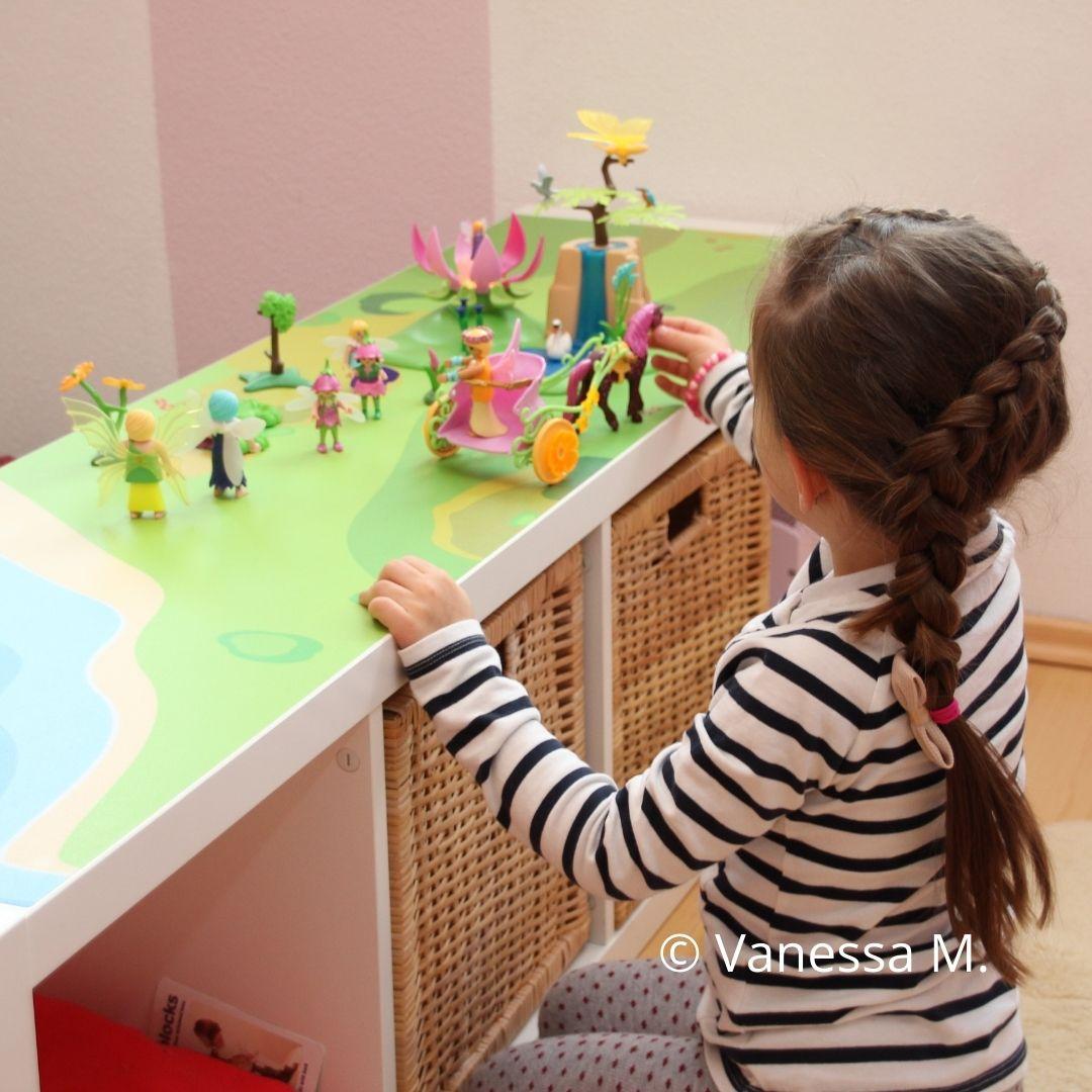 Kundenbild Spieltisch Mädchen