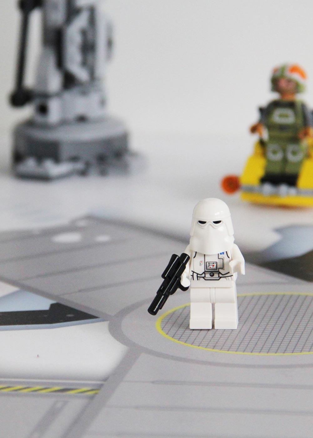 Ikea Lack Beistelltisch Weltraum Teilansicht Stormtrooper
