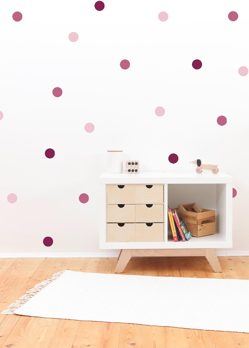 Stickerset Polka dots rosa Beispiel Kinderzimmer