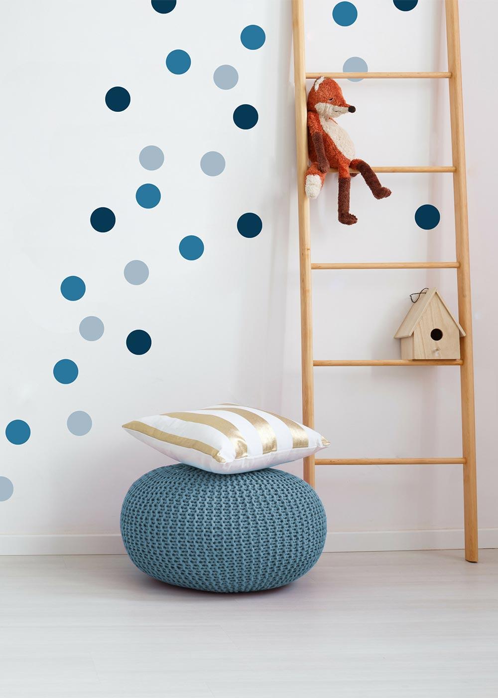 Stickerset Polka dots blau Gestaltungsbeispiel Wand