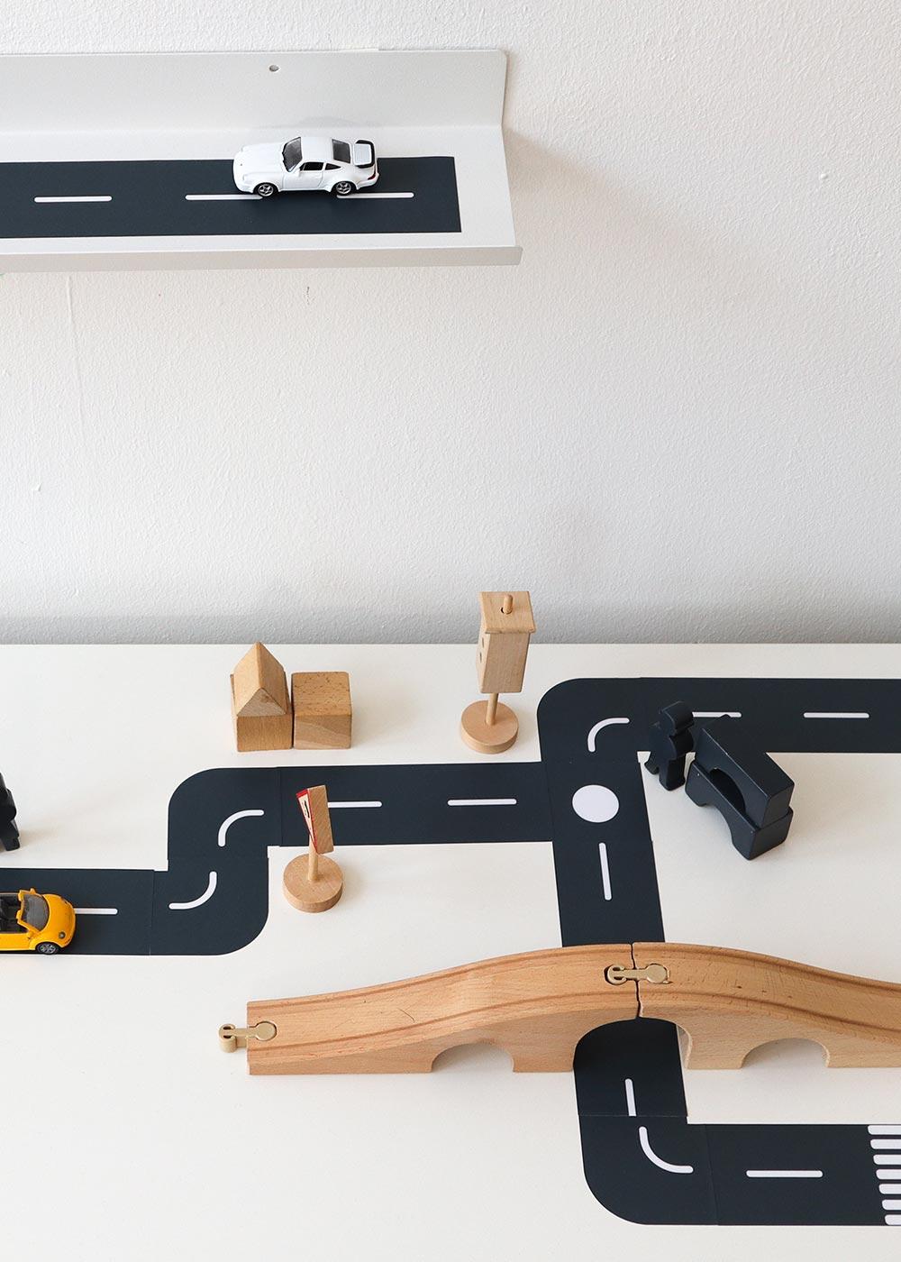 DIY Ikea Spieltisch Smastraat Teilansicht