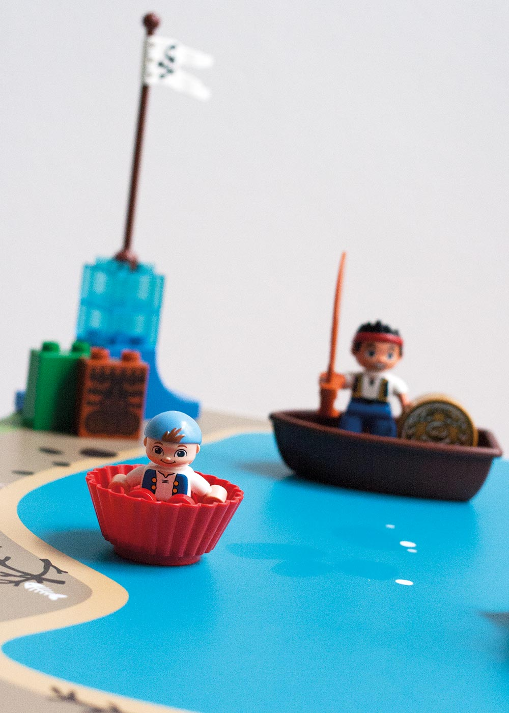 Ikea Lätt Kindertisch Wasserreich Teilansicht Boote