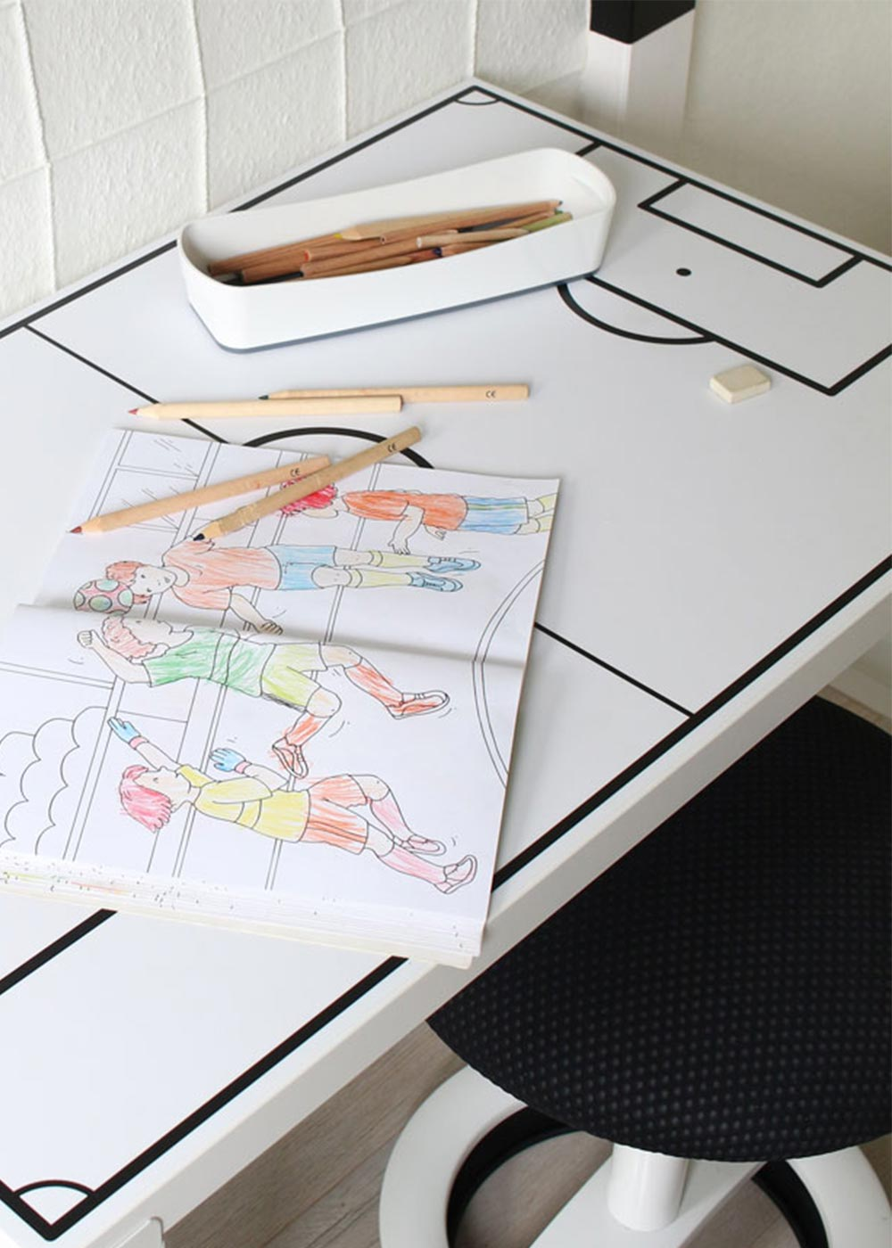 Ikea Linmon Alex Kinderschreibtisch Fussballfeld weiss Teilansicht