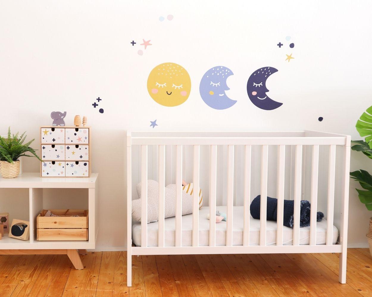 Babyzimmer Wandgestaltung Mond