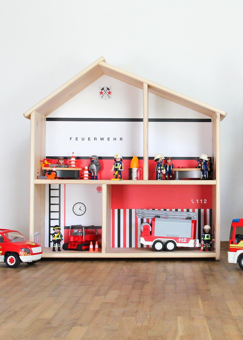 Ikea Flisat Puppenhaus Tapete Feuerwehr Frontansicht