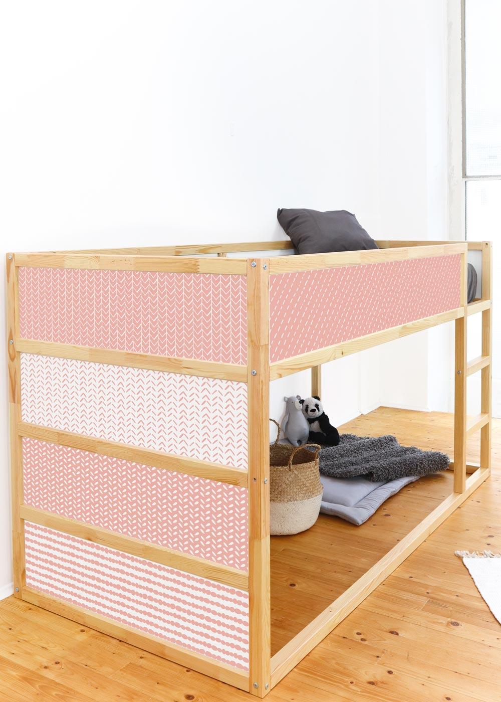 Ikea Kuras Hochbett Musta rosa Seitenansicht
