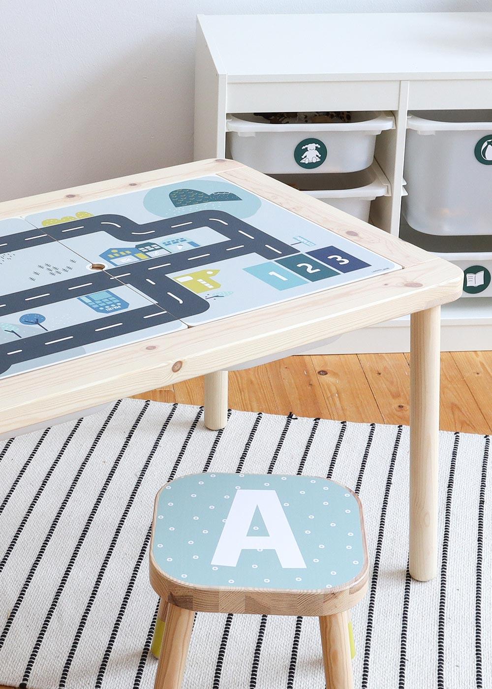Ikea Flisat Kindertisch Smastraat Teilansicht mit Hocker