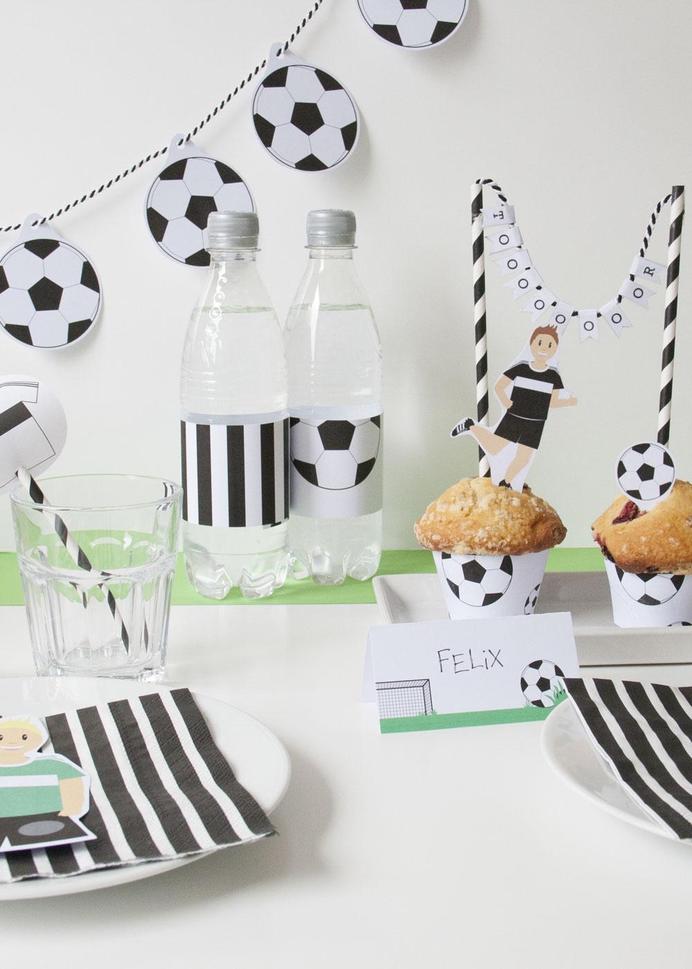Bastelset Kindergeburtstag Fussball - Deko Tisch