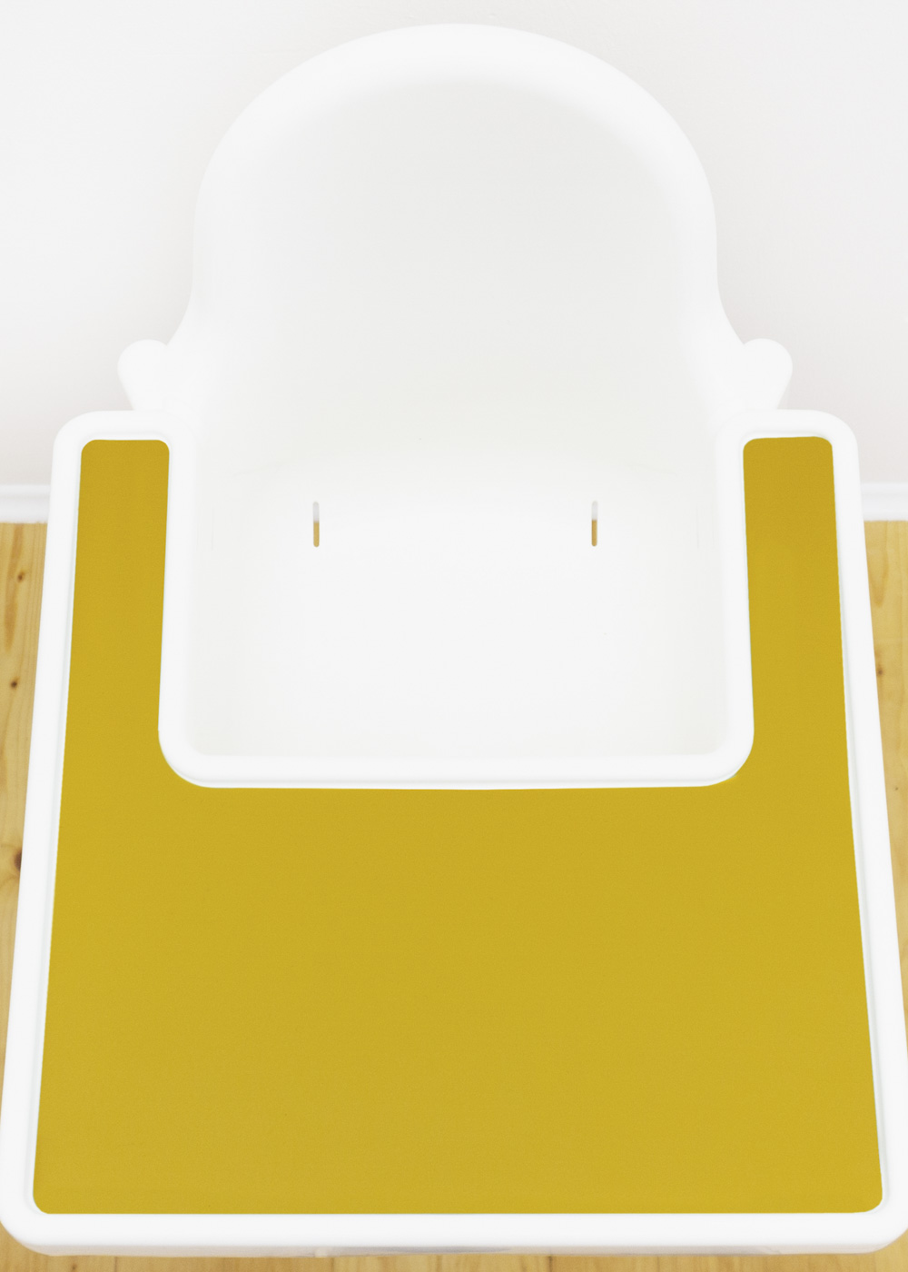 Silikonmatte Ikea Antilop Hochstuhl Klecka Mat senf Gesamtansicht schräg oben