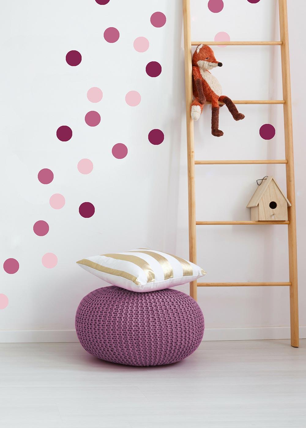 Stickerset Polka dots rosa Beispiel Kinderzimmer Kuscheltier