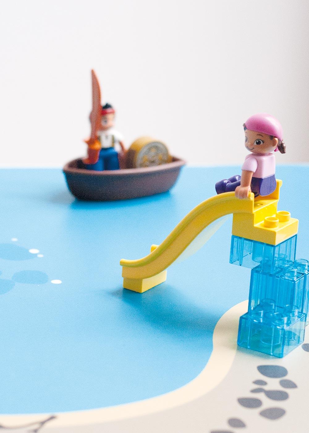 Ikea Lack Beistelltisch Wasserreich Teilansicht Rutsche