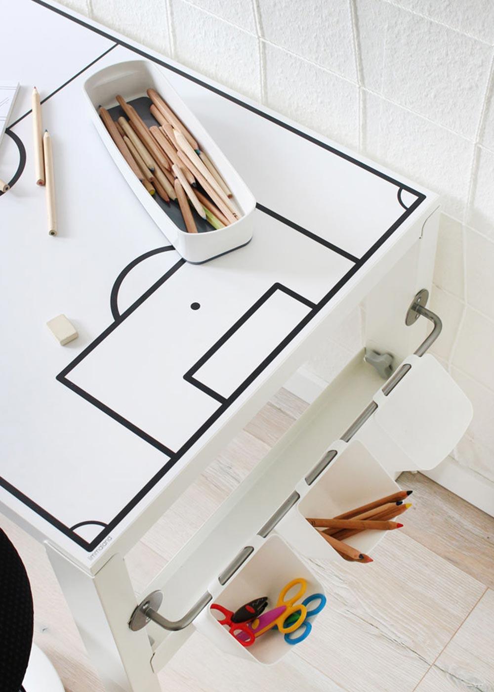 Ikea Pahl Kinderschreibtisch Fussballfeld Teilansicht Seite